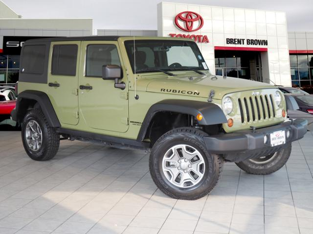 Perfect Pre Owned 2013 Jeep Wrangler Unlimited Rubicon
