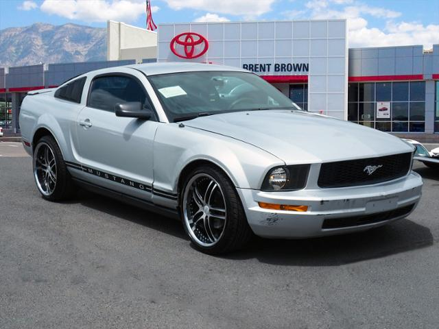 Pre-Owned 2007 Ford Mustang Deluxe