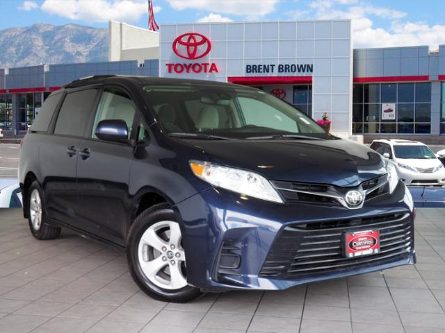 Certified Pre-Owned 2018 Toyota Sienna LE Auto Access Seat
