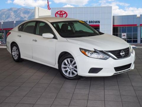 Pre-Owned 2017 Nissan Altima 2.5