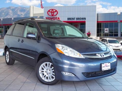 Pre-Owned 2008 Toyota Sienna XLE Ltd