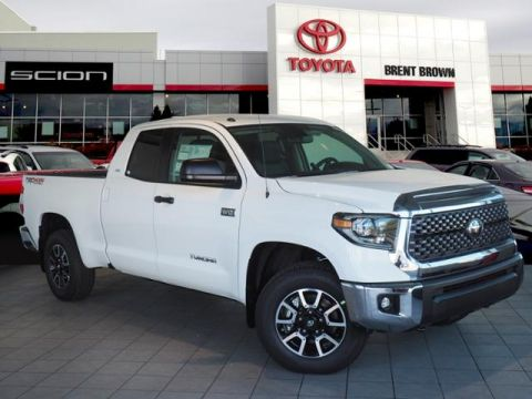 New 2019 Toyota Tundra 4WD SR5 W/ TRD Off Road Bench Seat